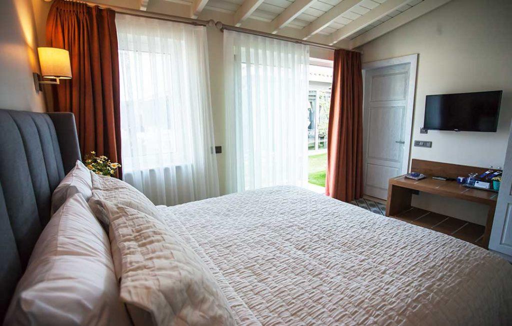 casaluna-hotel-alacati-bungalow-4