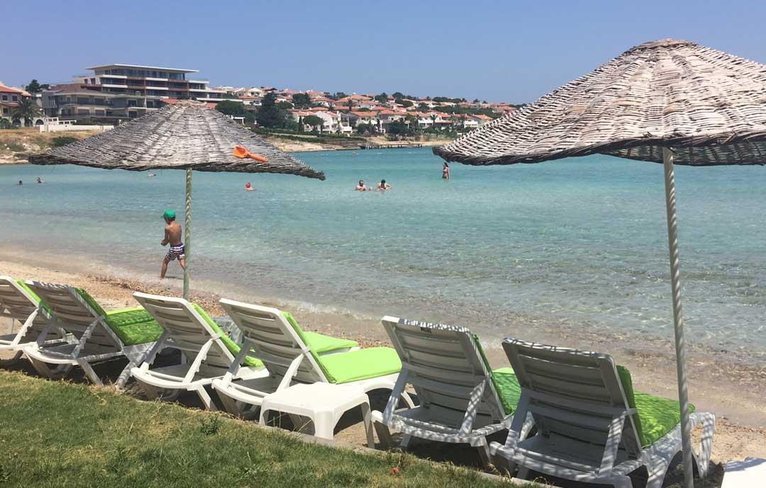 quente-beach-club-casaluna-hotel-alacati